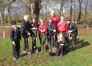 Ilkley Primary - Digging